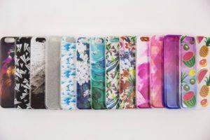 Színes telefontokok